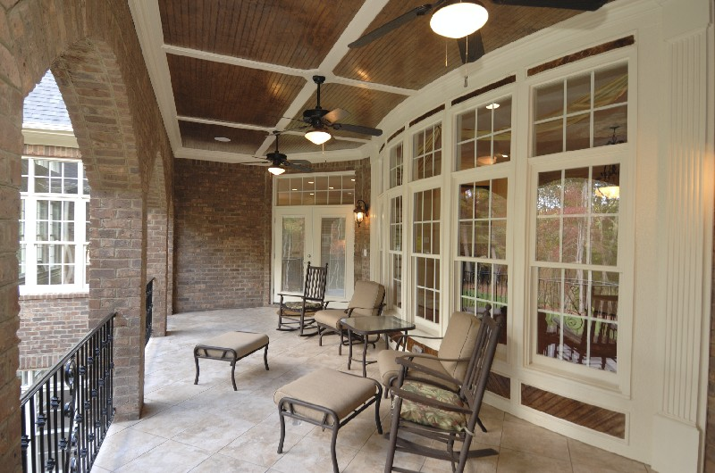 Patio w/ custom vinyl window wall-Earthwise Windows